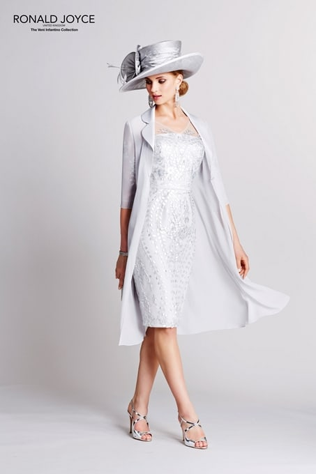 Elegancia y exclusividad en vestidos a medida.