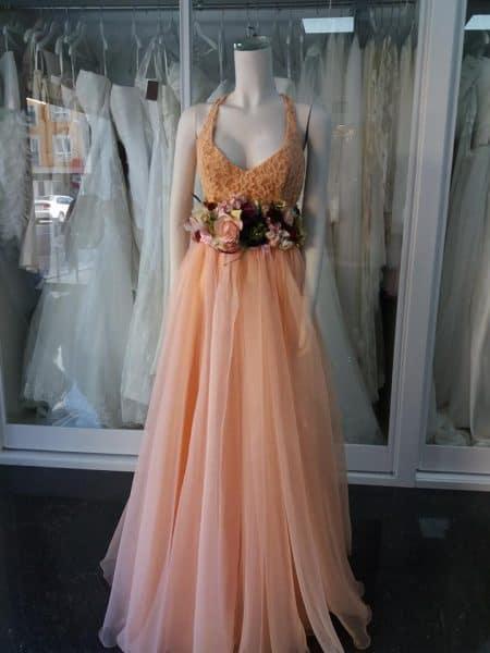 vestidos de madrina, con cinturon de flores