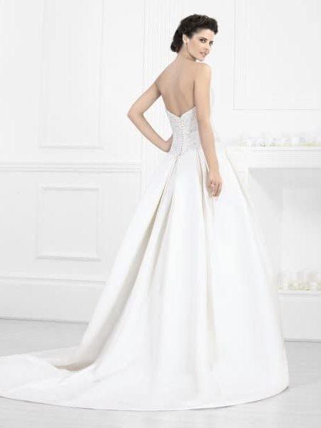 Estilo, ritual y libertad en bodas. Vestido de Novia